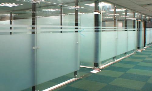 玻璃高隔間/玻璃窗貼